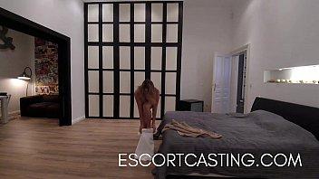 Luxury Callgirl Caught On Hidden Cam Giving Amazing Fuck 11 min