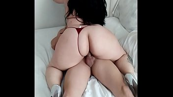 Gangbanging Cougar Maxine X Stuffs Asian Ass With 4 BBCs! Porno indir
