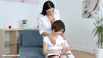 Passionate lesbian sex with Kyra Queen and Veronica Moore on Sapphic Erotica thumbnail