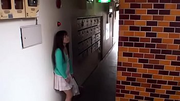 Japanese Wife Did Lost Her Keys Part.1