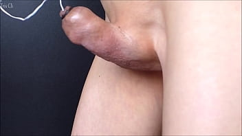Japanese guy's shaved penis masturbation tying the skin with the tip of my penis! Please watch my strange and ruined cumshot! No.26