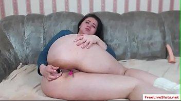 Brunette BBW Jill plays with herself on webcam