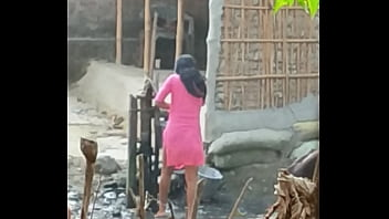 Desi sister in bathe so saxy
