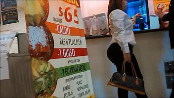 BIG BOOTY CANDID FILMANDO A LA AMIGA CULONA 42秒