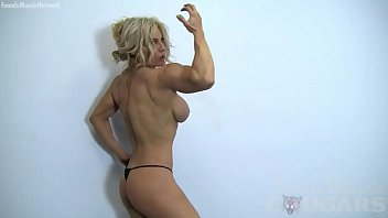 Exercise to strengthen vaginal muscles - Sexy blonde muscle cougar with big tits works out