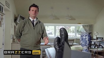 Milfs Like it Big - (Stacey Saran, Danny D) - A Very Neighborly Affair - Brazzers 10 min