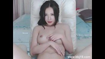 Korean bj. Watch full at here: t.co/chW8sB0B59