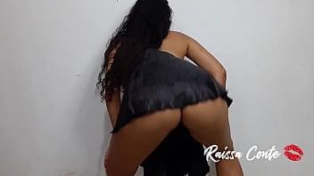Dancing funk with Mini Skirt and showing her pussy Novinha Safada Raissa Conte Brazilian dance Twerk skirt