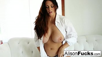 Solo with Stacked Alison Tyler 8分钟