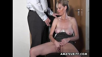 Naughty amateur Milf sucks and fucks with cumshot 12分钟