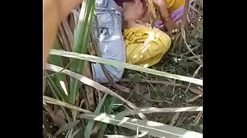 कोने में लजाकर किया लड़की के साथ किया हिन्दी आडियो