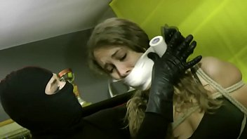 Young woman hogtied by masked burglar 4分钟