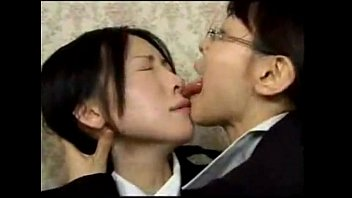 Asian Lesbian Wild Tongue Kiss 6 min