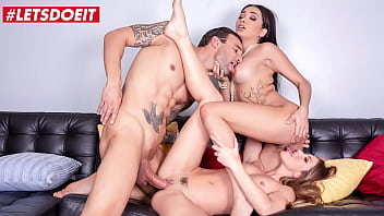 LETSDOEIT - (Aaliyah Hadid, Paige Owens & Alex Legend) Married Neighbor Cheat Wife With Two Sexy Girls That Just Moved Recently porno izle
