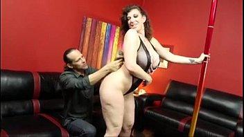 Stripper Sara Jay Pleases her client 21 min
