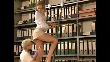 short dress girl get fucked in the library xemphimsex.rainporn.com 14分钟