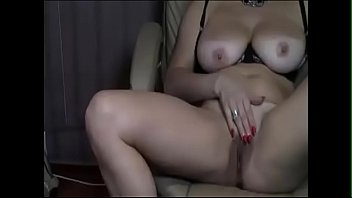 My busty aunt of huge pussy playing - burstpussy.com