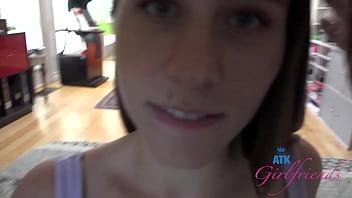 Amateur girl next door sucking on cock :) filmed POV - Kortney Rae