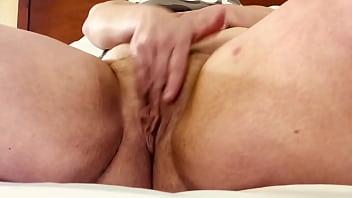 BBW Midget Squirting 86 sec