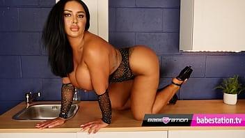 Stunning Babestation bbw Mia Yasmin striptease