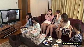 Japan Girls watching  Young Man Poeta Vivente