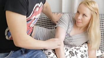 Địt Bạn Gái Tuổi Teen Cực Xinh P1. Xem Free Link Full Và Nhiều Video Hot Tại Http://sex247.byethost4.com