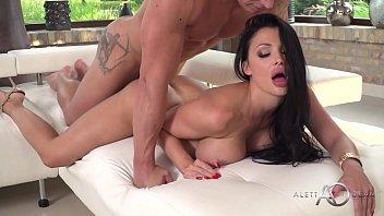 Aletta Ocean - Beautiful Investor - alettAOceanLive porno izle