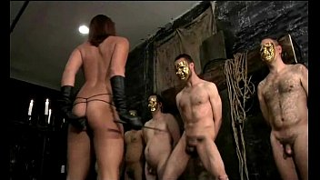 Hard Ballbusting Kicks From Hell 4分钟