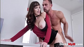 Boss Lady Fucks Her PA- Lexi Love