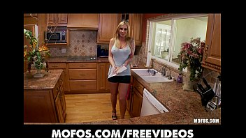 Curvy Ty Pirang Toket Besar Dia Pink Sy Di Yang Dapur