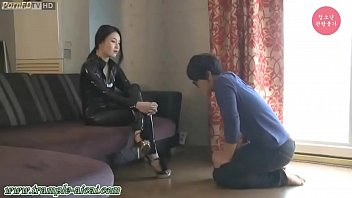 Korean goddess Ye Rin dominates a sub
