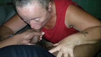 Granny bbw giving me head