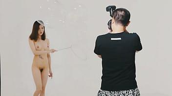 Photoshot with nude girl 78秒
