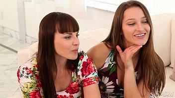 Lesbian pussy eating porn - Dani daniels and dana dearmond eat some pussy