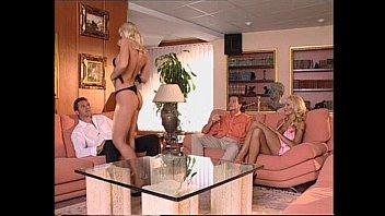 Sophie Angel and Beatrice Poggi - Colti in fallo (2003)
