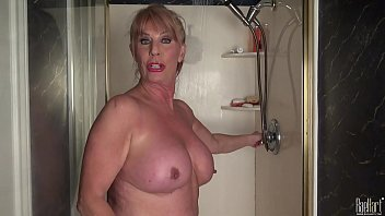 Mature woman in the shower 10 min