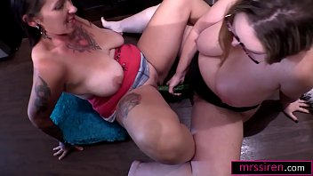 Xxx lesbian milfs Hotwife lesbian sex at home - alternative use for veggies, part iii