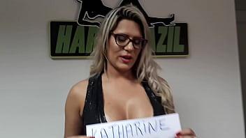 Katharine isabelle nude free - Vídeo de verificação
