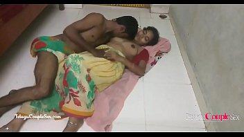 hindi telugu village couple making love passionate hot sex on the floor in saree 7分钟