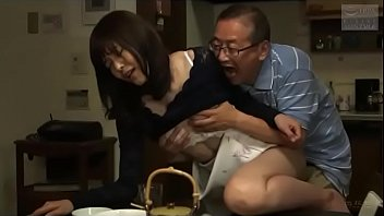 Japanese father-in-law and daughter-in-law (See more: bit.ly/2ReMYhc)