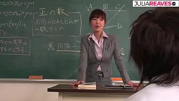 Tokio 女老師在教室裡亂搞,完整的日本未經審查的電影