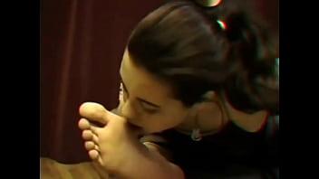Female Worship Male Feet 5分钟
