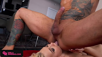 GIRLSRIMMING - Wet rimming party with busty blonde Roxy Risingstar