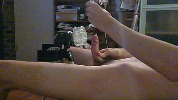 Hands free fuck using tripod mounted fleshlight 3 min