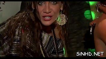 Free porn party Vorschaubild