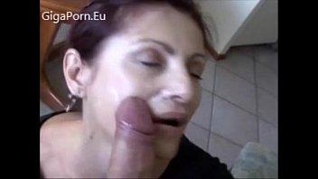 Hot Mom Like to Fuck by GigaPorn.Eu