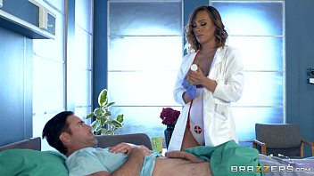 Brazzers - Dirty nurse Kiera Rose gets some big dick