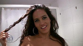 Blowjob In A Br eak In The Bathroom room