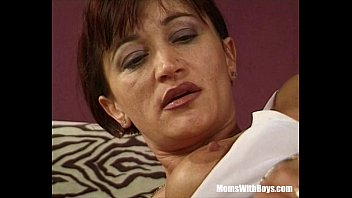 Mature Brunette Cunt Anal And Pussy Hammered