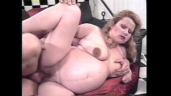 Milk A Thon #1 - Hot lactating ladies